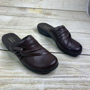 Clarks Collection Brown Braided Ruffle Mules Clogs
